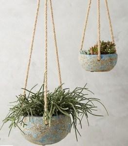 Summer-outdoor-trends-2018-hanging planters - Anthroplogy