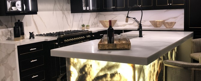 kitchen-onyx-island-gold-black-cabinets-lighting-chandelier-tile-trends-las vegas