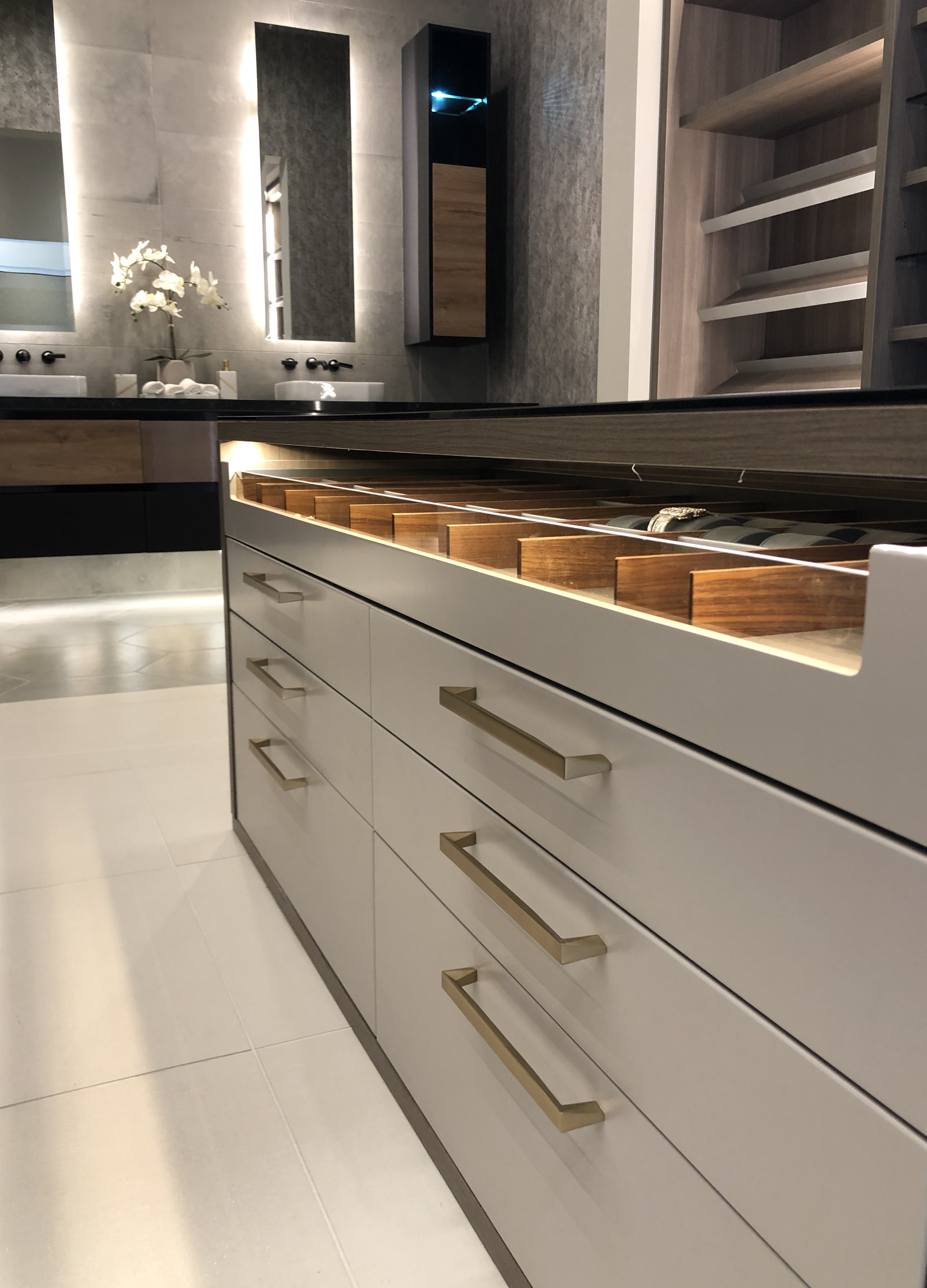 What is the Right Cabinet for My Kitchen? - Terravista ...