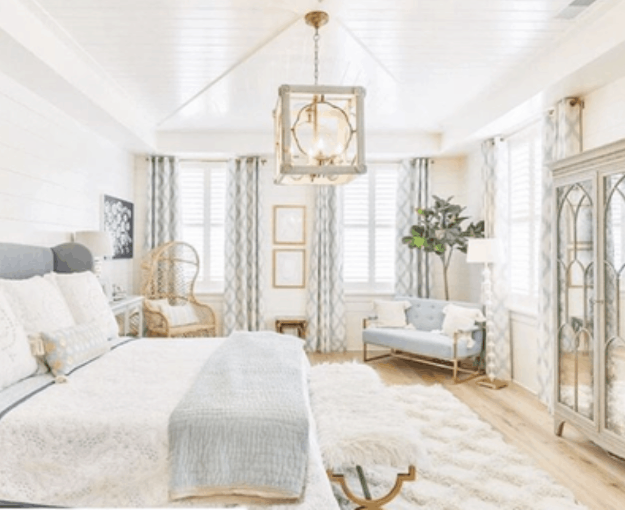 Top 10 Design Tips to Create a Romantic Master Bedroom ...