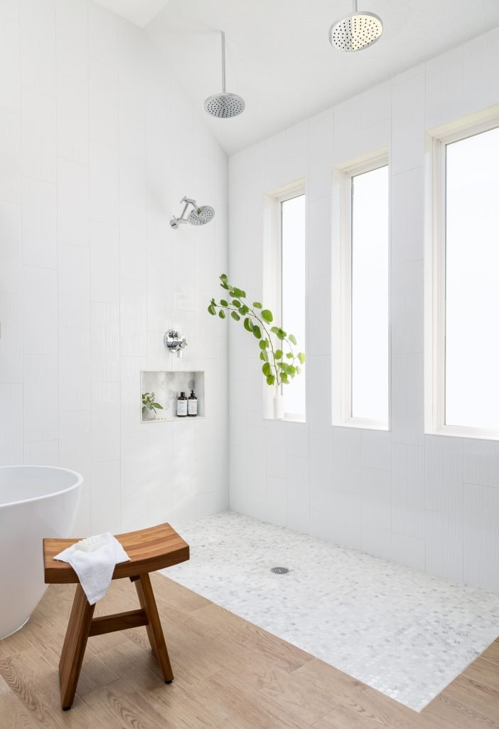 A Suburban Master Bathroom Goes From Bland to Bam! 24